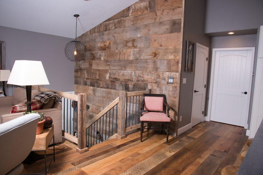 Image of barn board wall